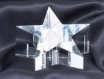 A Optical Crystal Star Paperweight Clocks and Paperweights
